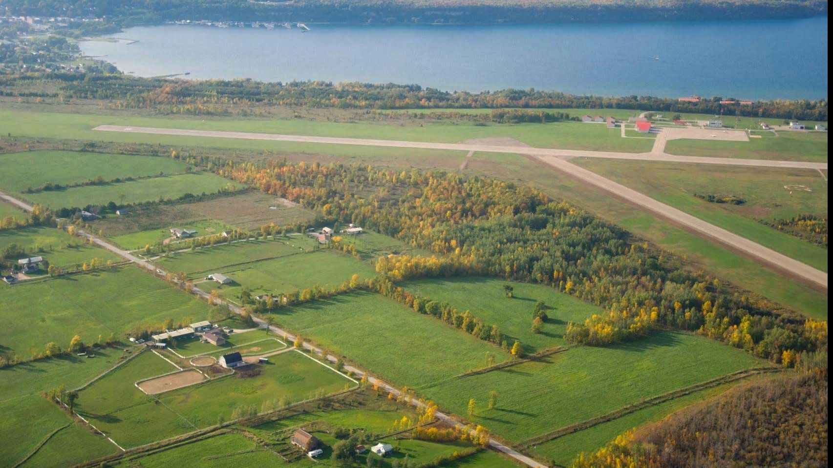 Wiarton Keppel International Airport